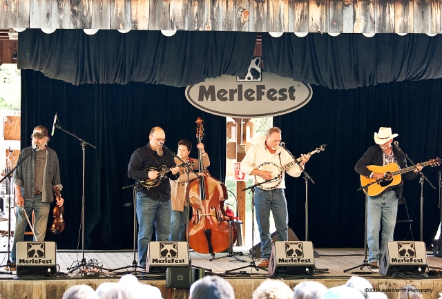 """The Misty River Bend, Union Grove, NC - bluegrass, jazz, blues, folk & gospel.  They performed great renditions of """"I Know You Rider"""" and """"Midnight Moonlight""""."""