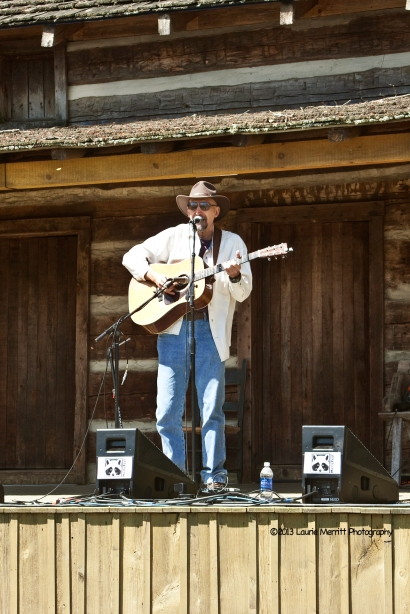Andy May, New York, NY - singer, songwriter, producer, educator. In 2008, he started the record label Swift River Music.