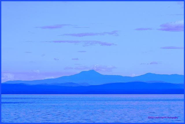 lake0730-9650_canvas_900