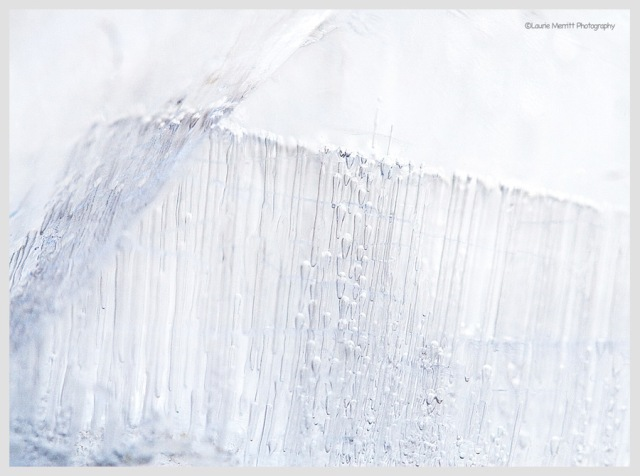 ice2-3562_900